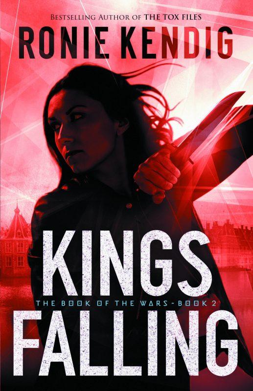 """Review: """"Kings Falling"""" by RonieKendig"""